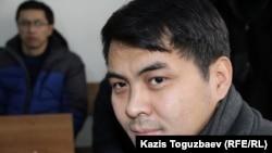 Арман Нарымбаев, брат гражданского активиста Ермека Нарымбаева, обвиняемого в возбуждении национальной розни.