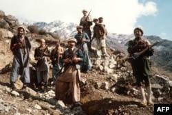 Совет әскеріне қарсы соғысқан ауғандар. Сурет 1980 жылы түсірілген.