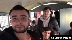Кавказские студенты в автозаке в Москве, 17 декабря 2018