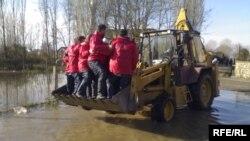 Кумановски спасувачки тим во Албанија