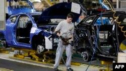 В 2013 году 36% всех новых трудовых контрактов в Испании предусматривали работу неполную неделю