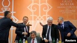 Ivo Josipović, Bakir Izetbegović, Svetozar Marović, Tomislav Nikolić sa predsednikom Komisije za nestale Tomasom Milerom