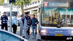 Ізраїльські правоохоронці на місці нападу, Тель-Авів, 21 січня 2014 року