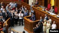 Ուկրաինա - «Սվոբոդա» կուսակցության առաջնորդ Օլեգ Տյագնիբոկը հայտարարությամբ է հանդես գալիս Գերագույն ռադայի ամբիոնից, 24-ը հուլիսի, 2014թ․