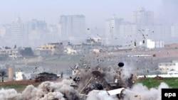 نبرد غزه از بيست و هفتم دسامبر۲۰۰۸ آغاز شد و هجدهم ژانويه ۲۰۰۹ به پايان رسيد.