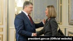 Петро Порошенко і Федеріка Моґеріні в Києві, 12 березня 2018 року