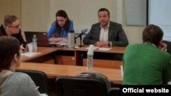 Семен Янкевич (у) һәм Надежда Княгинина