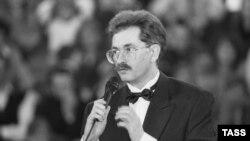Улад Лісьцьеў, адзін з самых папулярных дзеячаў расейскага тэлебачаньня ў першай палове 1990-х гадоў.