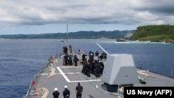 Militari americani la baza navală Guam
