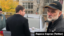 Валерий Чорнобук (справа) после задержания