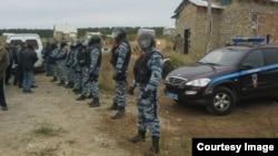 Крым, обыск в Строгоновке, 12 октября 2016 год