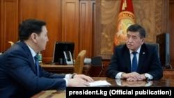 Сооронбай Жээнбеков менен Абдил Сегизбаев.