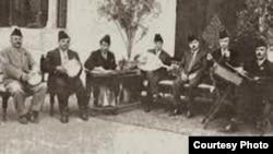 فرقة الجالغي البغدادي وقارىء المقام محمد القبانجي