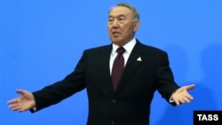 Kazakh President Nursultan Nazarbaev said sanctions and trade restrictions stemming from the Ukraine crisis would hamper the economic growth of Kazakhstan's partners.