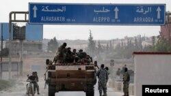 Підтримувані Туреччиною повстанці на межі міста Тель-Абьяд, Сирія, 14 жовтня 2019 року