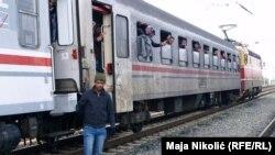 Voz sa izbeglicama u Tovarniku, Hrvatska