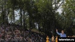 Русия президенты Казан Сабан туенда катнашты, 25 июнь 2011