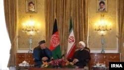 Iran- Presidenti Hassan Rouhani takohet me homologun e tij nga Afganistani Hamid Karzai në Teheran, 08 dhjetor 2013