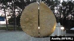 Кырымтатар милли ризыгы чиберек һәйкәле