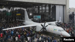 Презентація нового транспортного літака Ан-132D у Києві