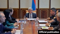 Armenia - President Serzh Sarkisian meets with top Armenian security officials to discuss a continuing hostage situation in Yerevan, 22Jul2016.