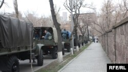 Armenia -- Security forces gathered in central location in Yerevan, 01March2010