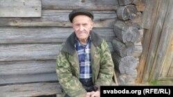Жыхар Сычына Ўладзімер Дзьмітрыевіч дажывае свой век у родных мясьцінах