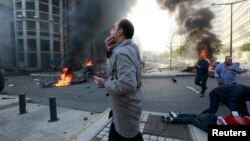 انفجار امروز در مرکز بیروت دستکم ۵ کشته و بیش از ۵۰ زخمی بر جای گذاشته است.