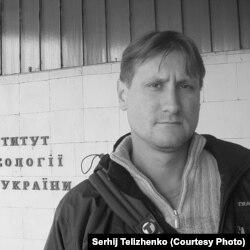 Науковець Інституту археології Сергій Теліженко навчався у Луганському педінституті та брав участь у розкопках ще студентом. Фото з Facebook
