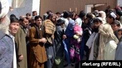 د کوټې د تجارانو اتحاديې د دوشنبې په ورځ د ملېشه ځواکونو لهخوا د افغان کډوالو خصوصاً د افغان تجارانو نيول په يوه احتجاجي مظاهره کې وغندل