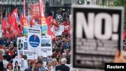 НАТО саммитине каршы демонстрация. Брюссель, 24-май, 2017-жыл.
