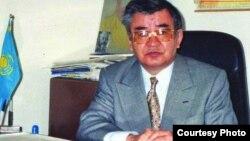 Кәсіби дипломат, қоғам қайраткері Болатхан Тайжан. Жеке мұрағаттағы сурет.