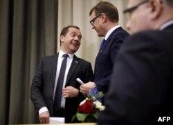 На официальном уровне всё хорошо: премьер-министры России и Финляндии Дмитрий Медведев и Юха Сипиля после переговоров в городе Оулу, декабрь 2016 года
