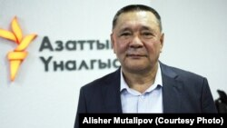 Кеңешбек Дүйшөбаев, Коопсуздук кеңешинин катчысы.