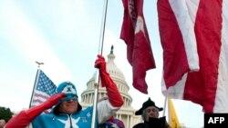 Un suporter al miscării ultra-conservatoare Tea Party