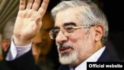 Politikani opozitar iranian, Mir Hosein Musavi