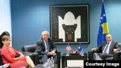 Pamje nga takimi i sotëm në qeverinë e Kosovës