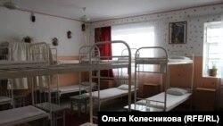 Спальня в колонии