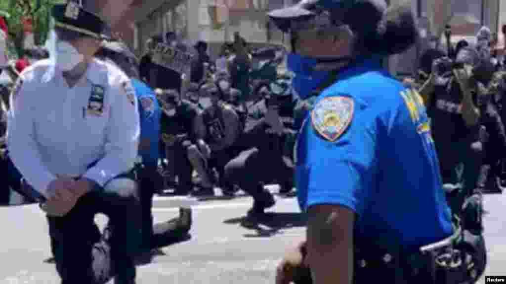 Полицейские в Нью-Йорке, 31 мая 2020 года.