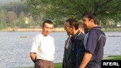 Андижанские беженцы в Чехии, май 2006 года.