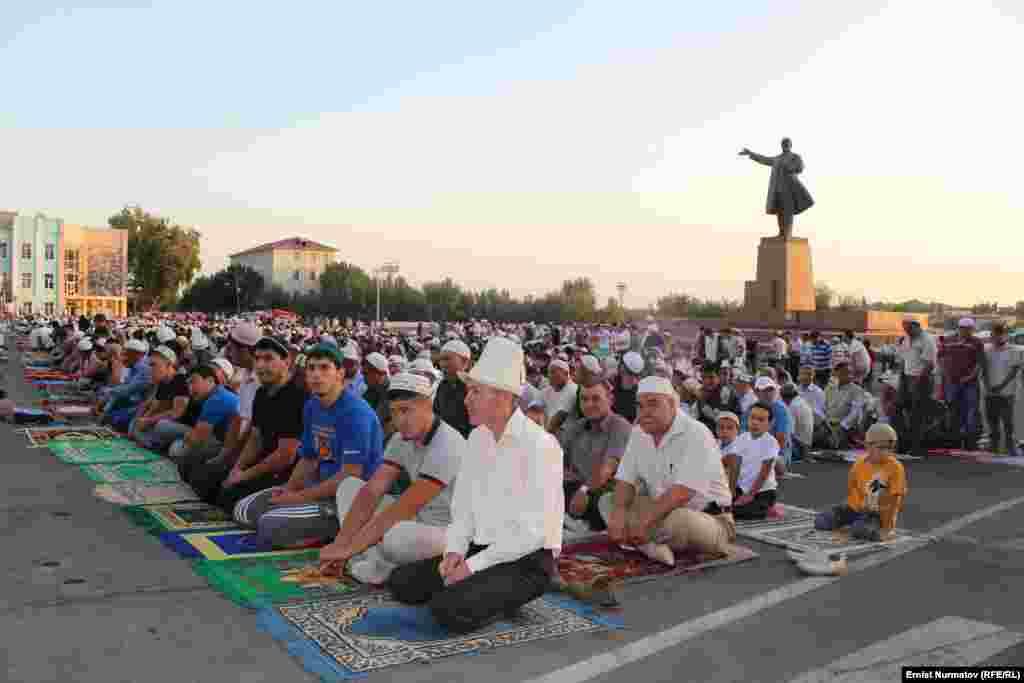 Первый намаз в честь Рамадана после 2005 года