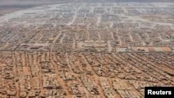 Jordani - Pamje nga lartë, e kampit të refugjatëve sirian në Zataari, në afërsi të qytetit Mafraq (Ilustrim)
