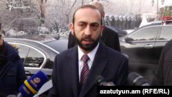 Ազգային ժողովի նախագահ Արարատ Միրզոյանը զրուցում է լրագրողների հետ, Երևան, 13-ը հունվարի, 2020թ.