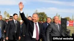 Then-President Bakiev and friends in the Batken region in October 2009