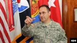 برید جنرال هیرلډ ګرین چې د افغان سرتېري په ډزو کې ووژل شو.