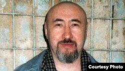 Политзаключенный Арон Атабек в алматинском СИЗО. Февраль 2007 года.