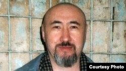 Арон Атабек в СИЗО. Алматы, февраль 2007 года.