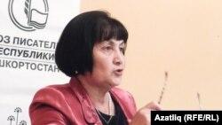 Рәисә Күзбәкова