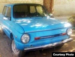 Автомобиль «Запорожец». Таджикистан, 20 июля 2010 года.