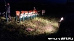 Сцену й декорації для Хидирлезу розбирали вже за темряви, 2 травня 2014 року